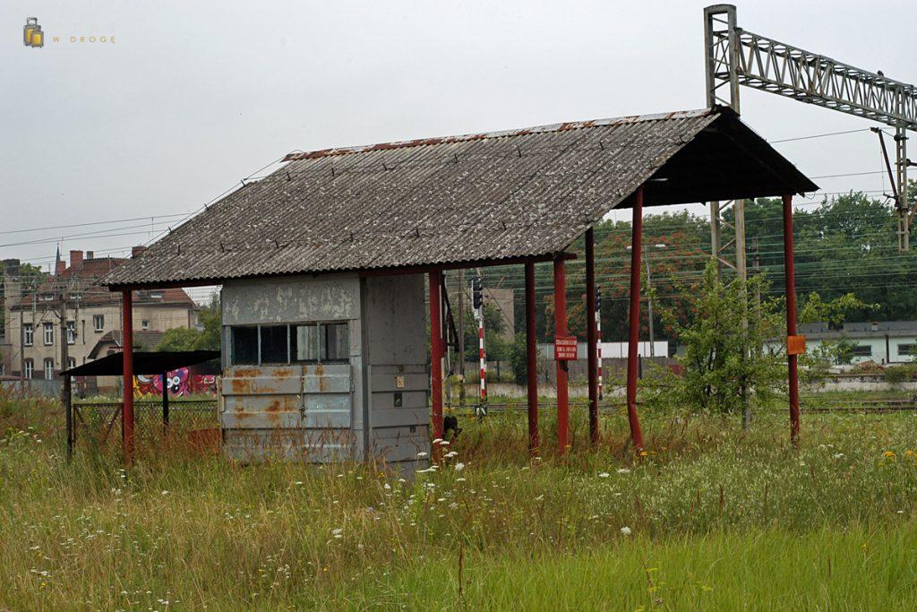 Budynek stacji paliw dla lokomotyw spalinowych :)