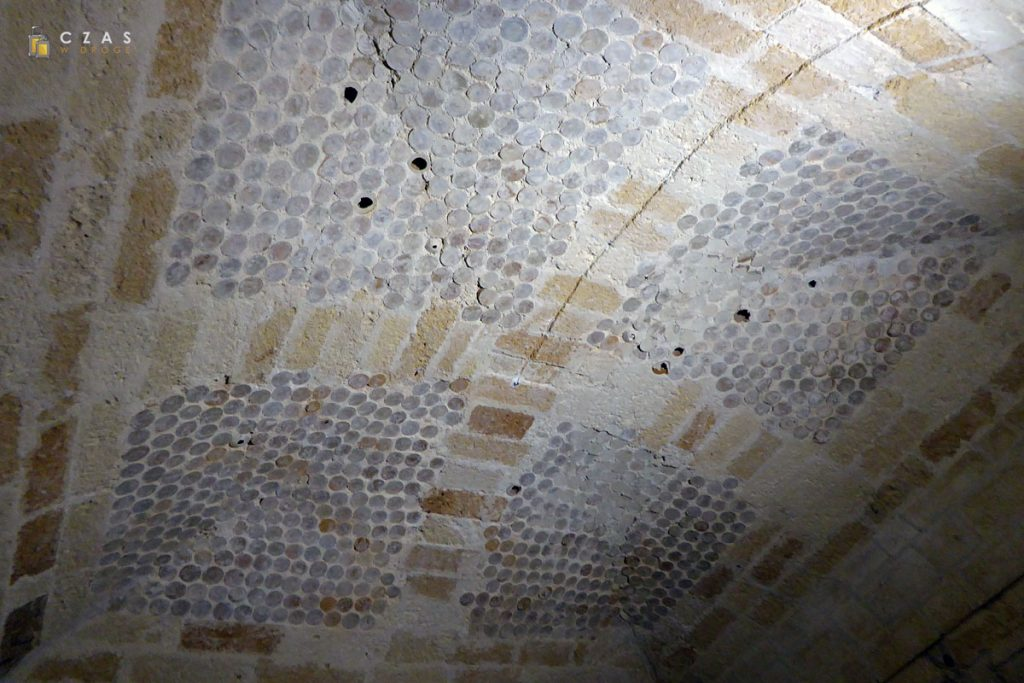 Museo Faggiano - sklepienie jednego z pomieszczeń wykonane z pustych amfor