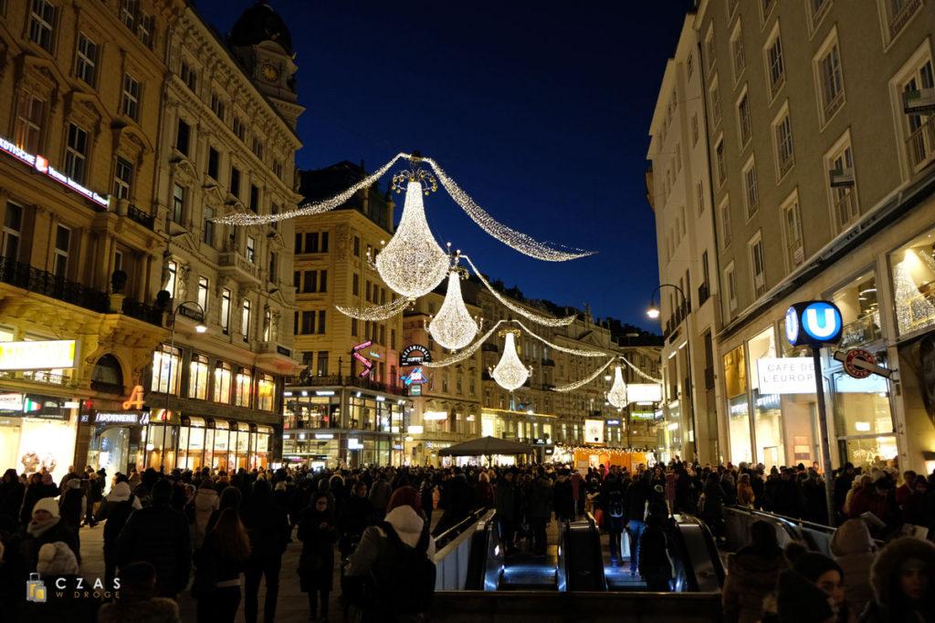 Wiedeń - świątecznie przystrojona ulica Graben