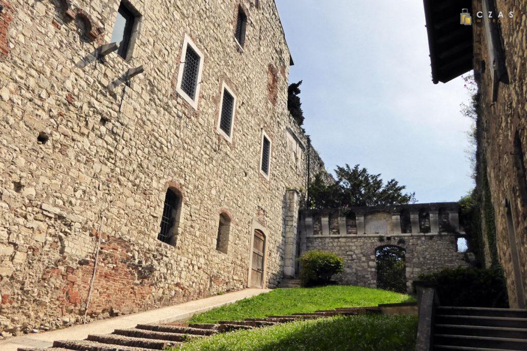 Zabudowaniu zamku w Brescii