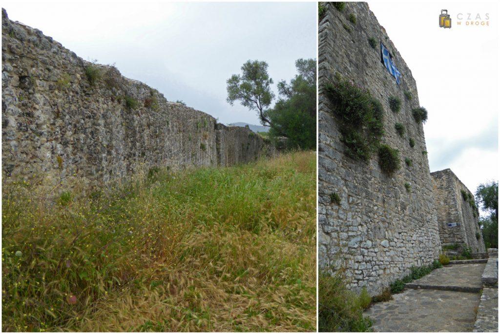 Wnętrze murów zamku Gardiki / Wejście do zamku Kasiopi