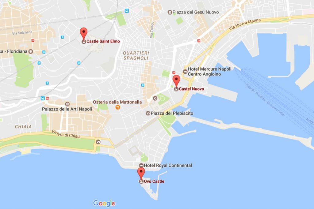 Mapa z zaznaczonymi zamkami - Nuovo, dell'Ovo, Sant'Elmo / Google Maps