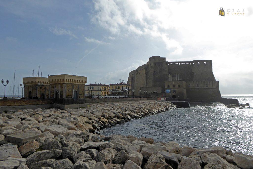 Widok na Castel dell'Ovo
