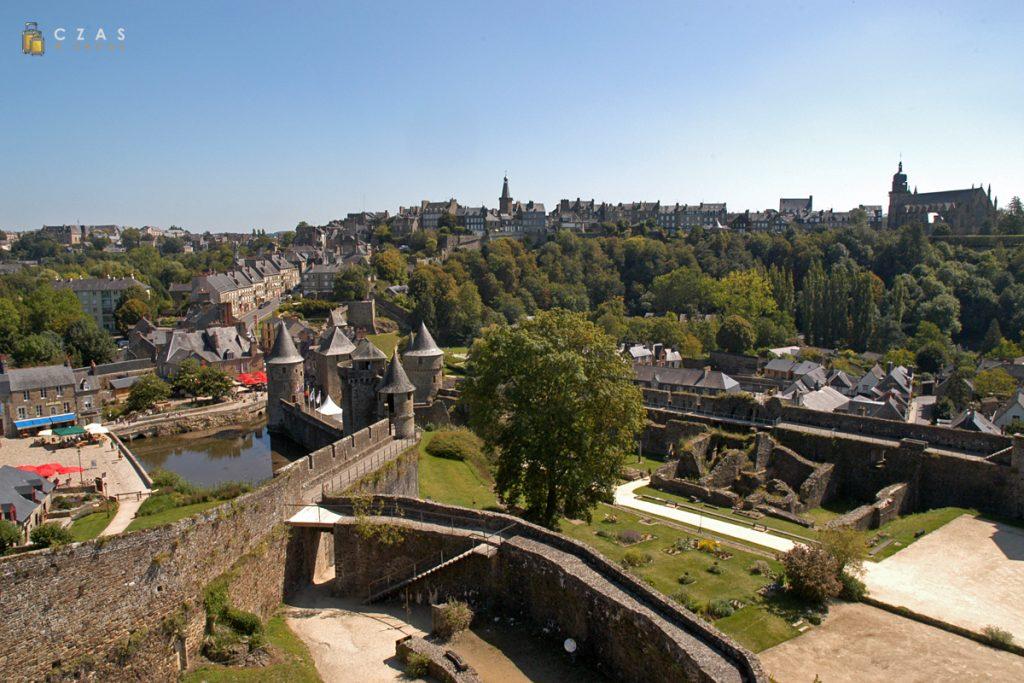 Widok z zamku na górne miasto