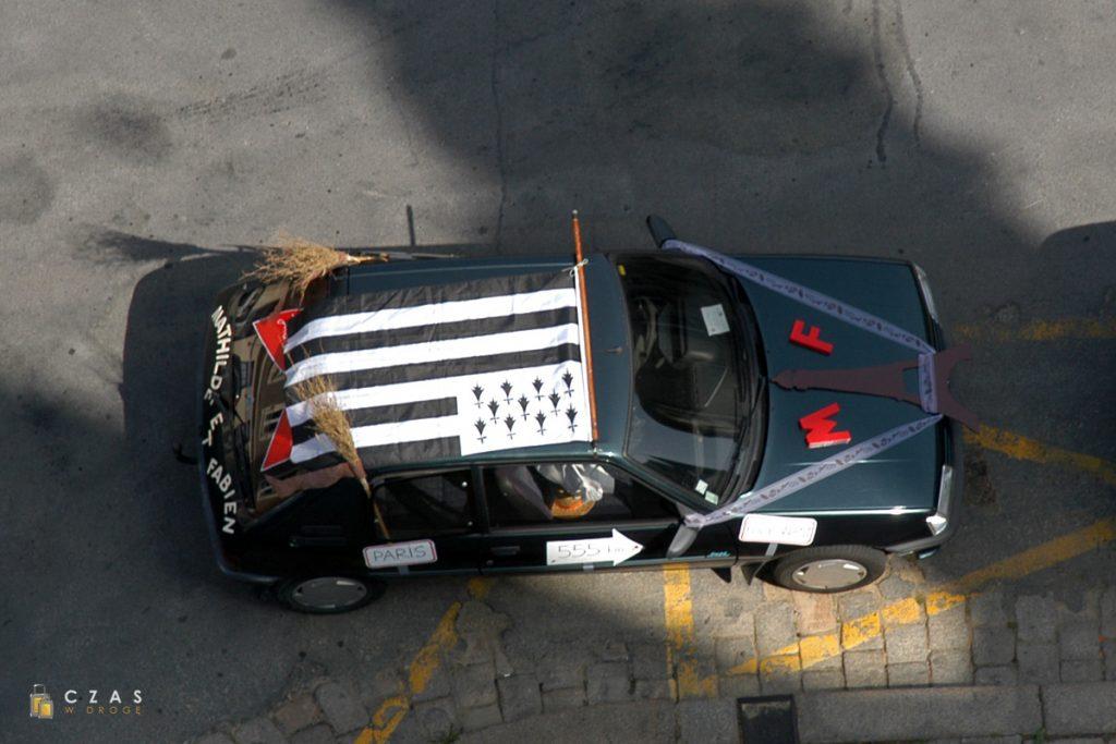 Flaga Bretanii na samochodzie nowożeńców :)