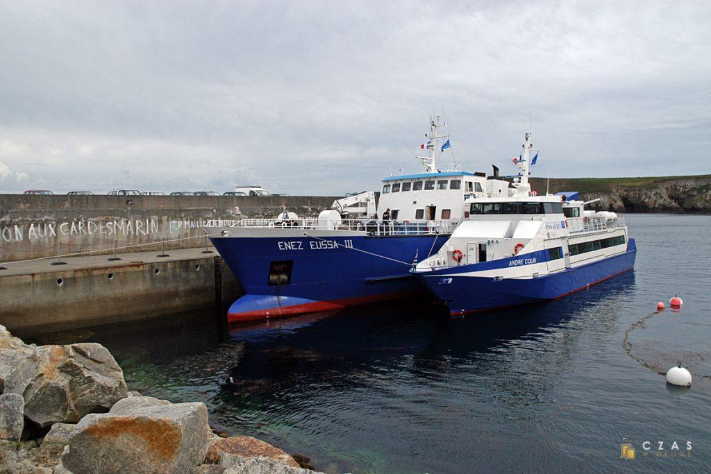 Na wyspę dotarliśmy na pokładzie Enez Eussa III