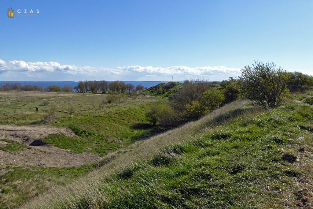 Widok z wałów na miejsce dawnej osady Ranów