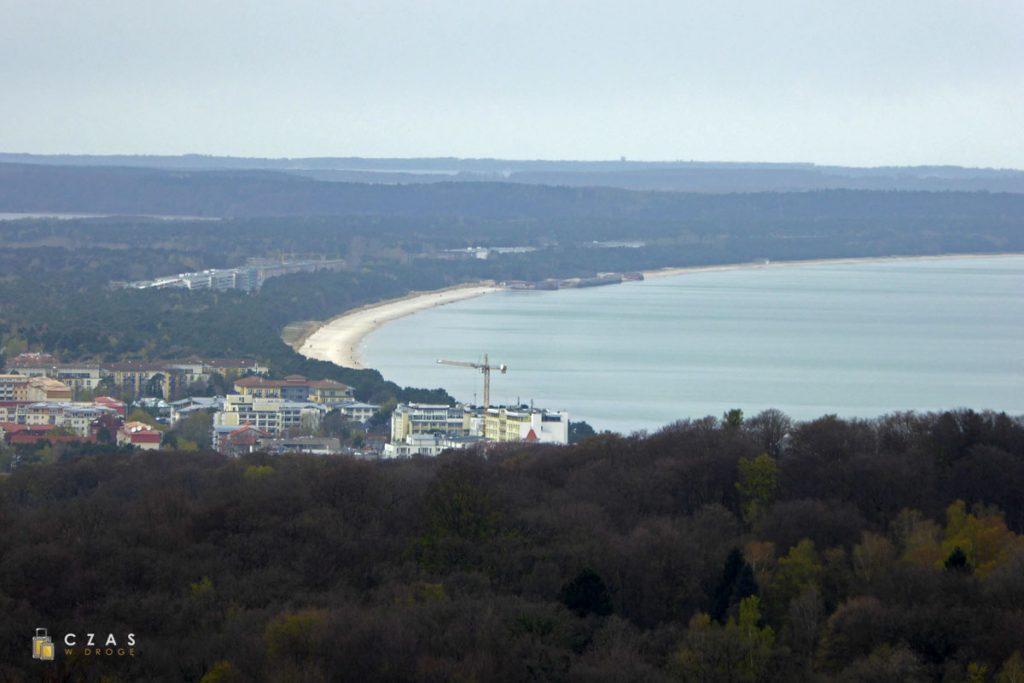 Widok z wieży w stronę Binz i Prory.