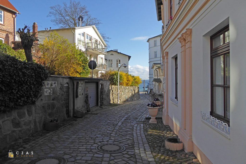 Bachpromenade / Sassnitz