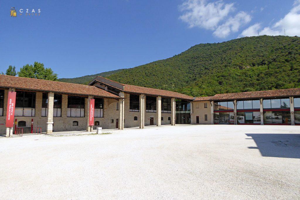 Klasztor św. Eufemii - obecnie siedziba muzeum Mille Miglia