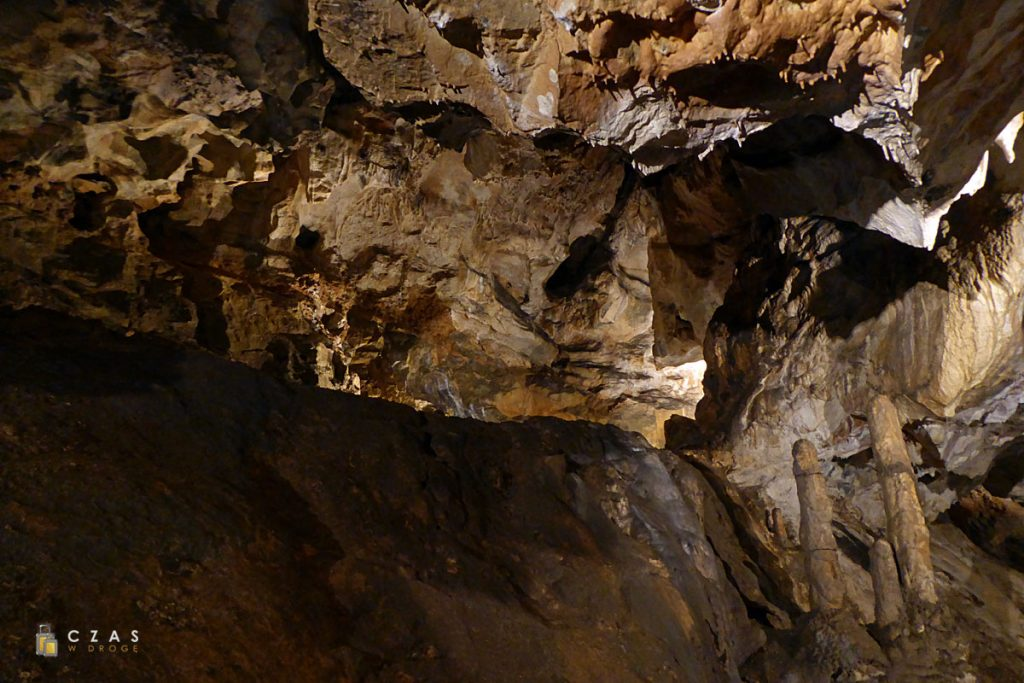 Jaskinie Mladečke