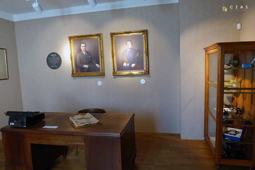 Replika biura Karela Pivnego