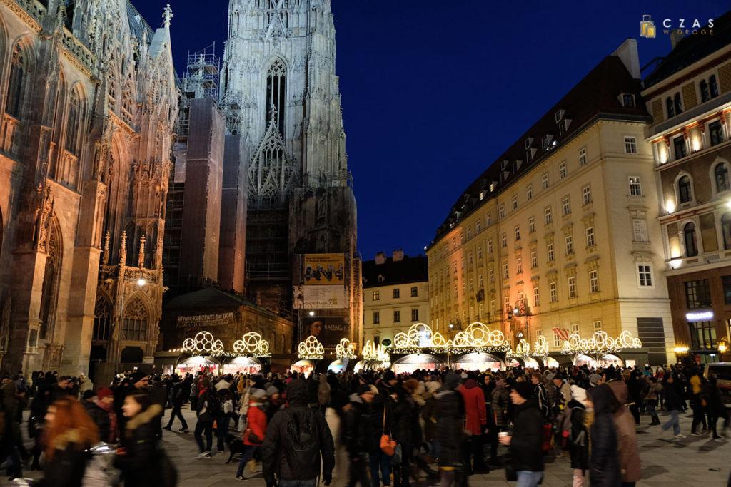 Jarmark bożonarodzeniowy na Stephansplatz