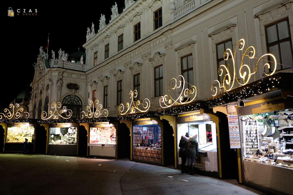 Jarmark bożonarodzeniowy przy Schloss Belvedere