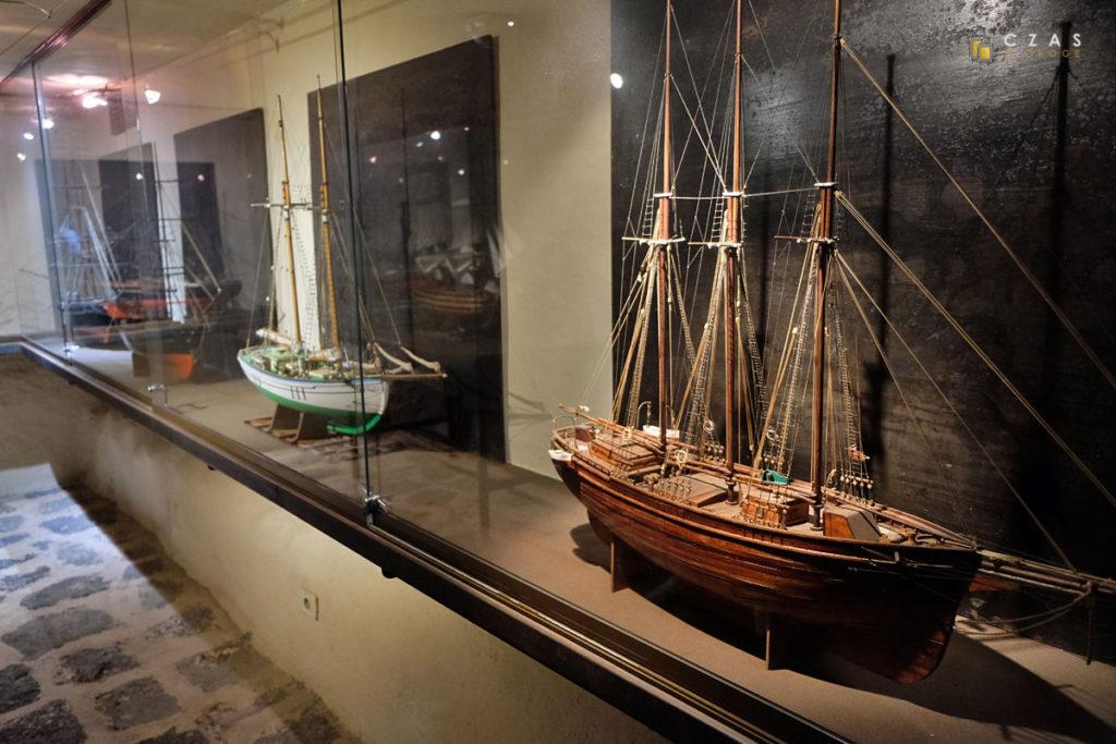 Fragment wystawy na zamku Santa Barbara