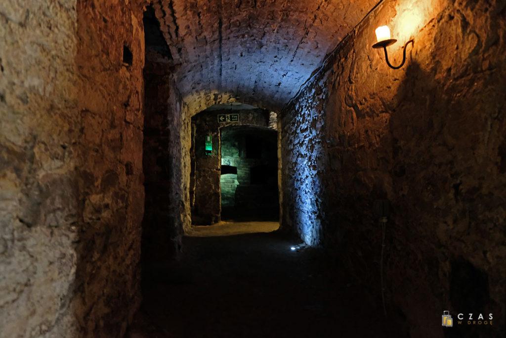 Podziemia pod South Bridge są klimatycznie oświetlone