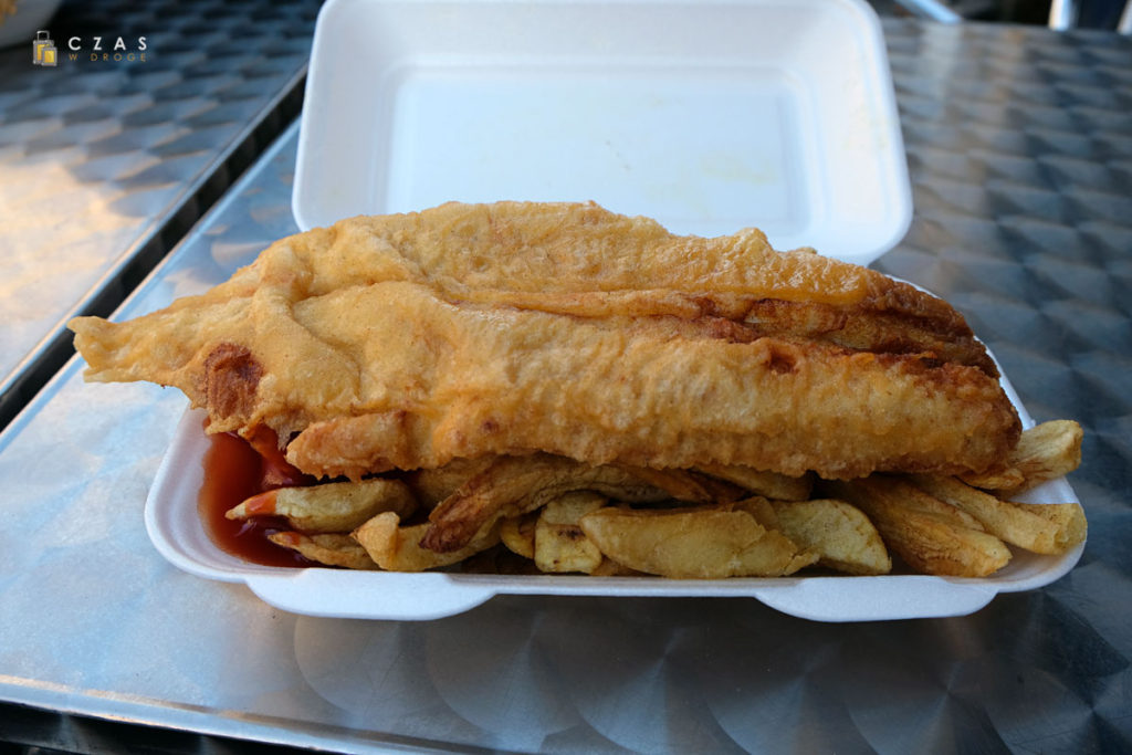Na koniec zwiedzania Fish&Chips ze styropianowego pudełka ;)