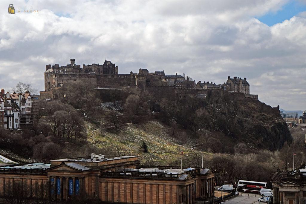 Edynburski zamek w całej okazałości