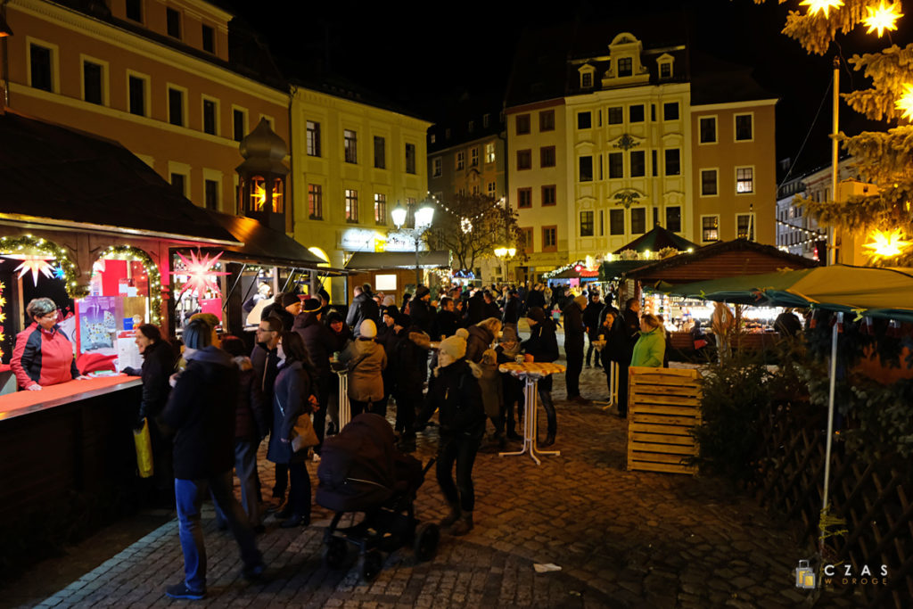 Fragment jarmarku na Hauptmarkt