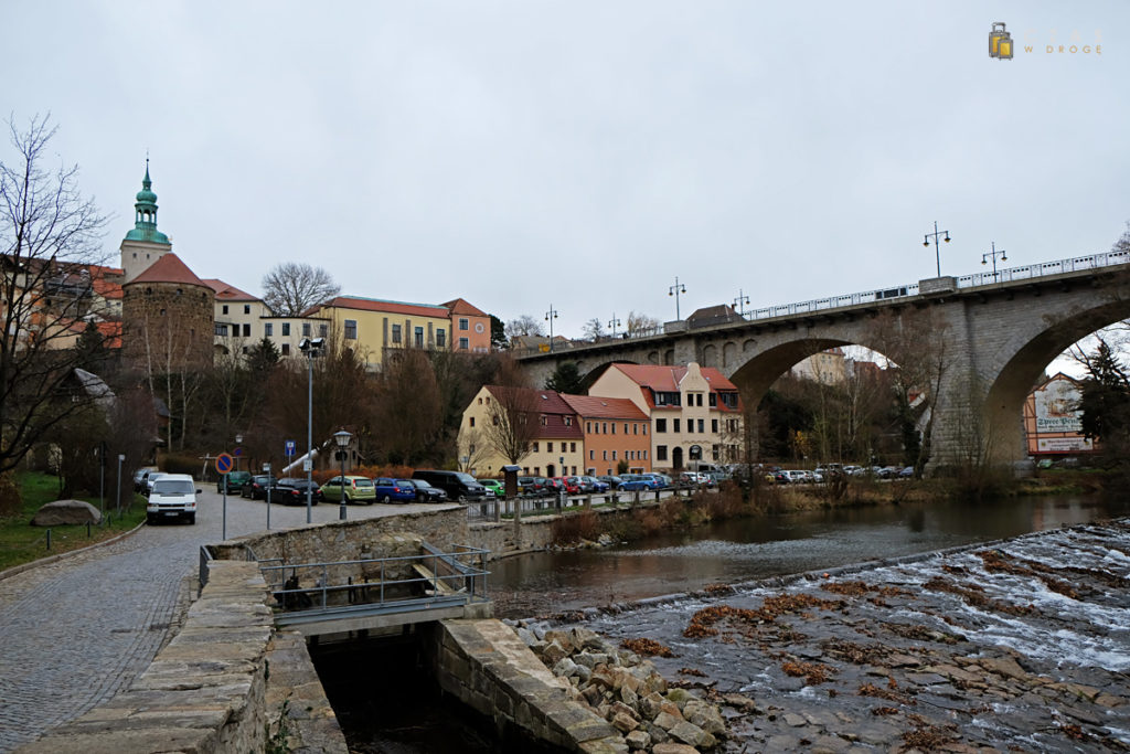 Widok znad Sprewy na Friedensbrücke