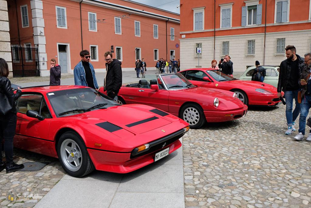 Nie mogło też zabraknąć Ferrari ;)